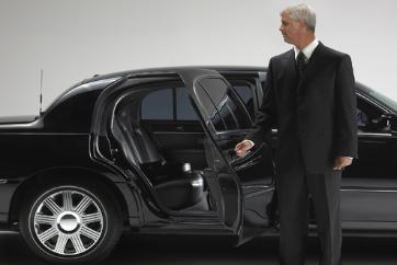 Allegro Boston Town Car always provides 1st class limousine service.